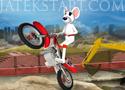 Stunt Moto Mouse 2 hajts végig a kisegérrel