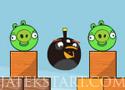 Angry Birds Bomb robbantsd fel a malacokat