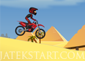 Pyramid Moto Stunts sivatagi motorozás